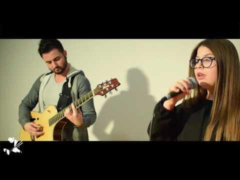 Dicle Karaosman - Uzun İnce Bir Yoldayım (gitar/vokal)
