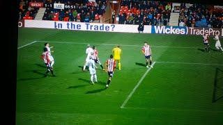 leeds united goal vs brentford 2 goalkeeping mistakes alioski
