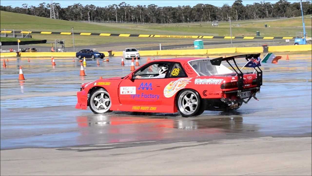 Nissan Silvia Drift Car Drifts Sydney Motorsport Park Drift