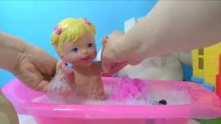 Little Mommy Princess  the Potty Doll - She Poops & Pees on a Toilet and Takes a Bath