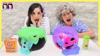 Easy Halloween DIY Kids Science Experiments to Do at Home! Baking Soda Potion