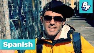 Learn Spanish prepositions with BASHO & FRIENDS - Botas perdidas