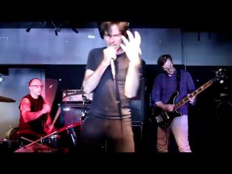 SISSY SPACEK - Live at Highline Bar 5/04 - Debacle Festival 2013