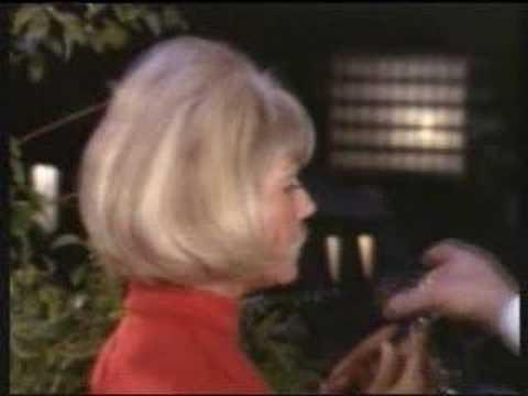 """The Doris Day Show (Season 4) """"Cover Girl"""""""