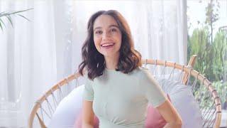 Veet reklamında oynayan kadın
