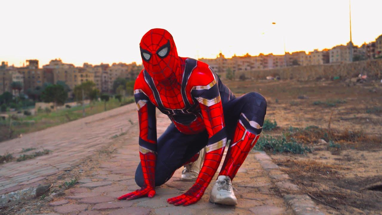 شباب يضربو طفل و يخدو منو كلب شوفو سبايدر مان عمل اي 😱    سبايدر مان المقطم spider man