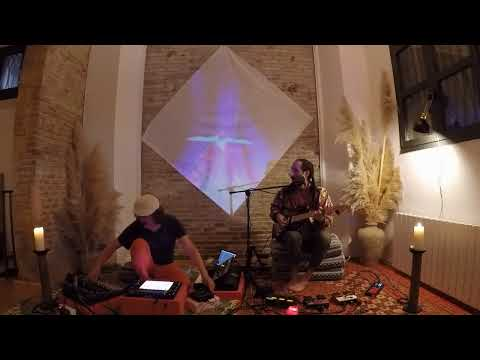 In The Real World - Alex Serra & Totidub Live Session