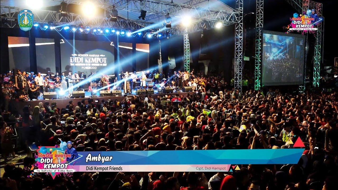 Didi Kempot Friends Ambyar Konser Ambyar 2019 Ponorogo Youtube