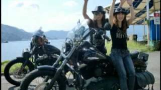 Repeat youtube video BIKER GIRLS 37 バイカーガールズ(?) Harley-Davidsonツーリングno2