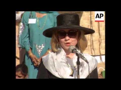 India - Hillary Clinton Visits India