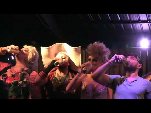 Ada Vox competes in 2016 International Drag Festival