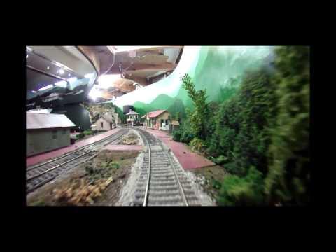 Cincinnati Model Railway Club O-Scale Layout: Scenes & Cab Ride. (Under Construction)