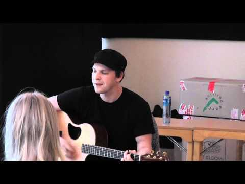 Gavin Degraw - ''Chariot'' (Live)
