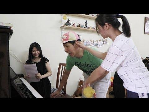 小铭第一次学钢琴 XIAO MING LEARN PIANO