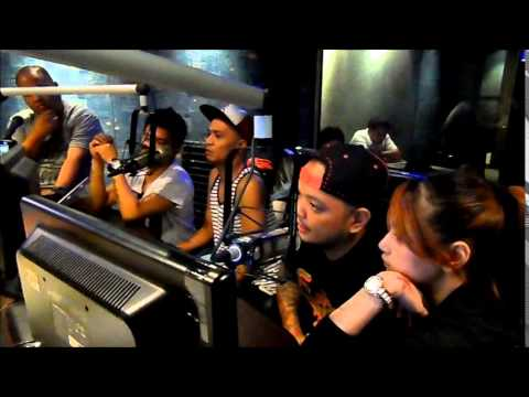 "Wave 89.1 interviews ""SUPER GROUP"" Lolas Noisy Neighbors"