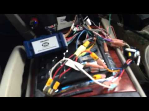 PAC-AUDIO w/2006 jeep commander - YouTube