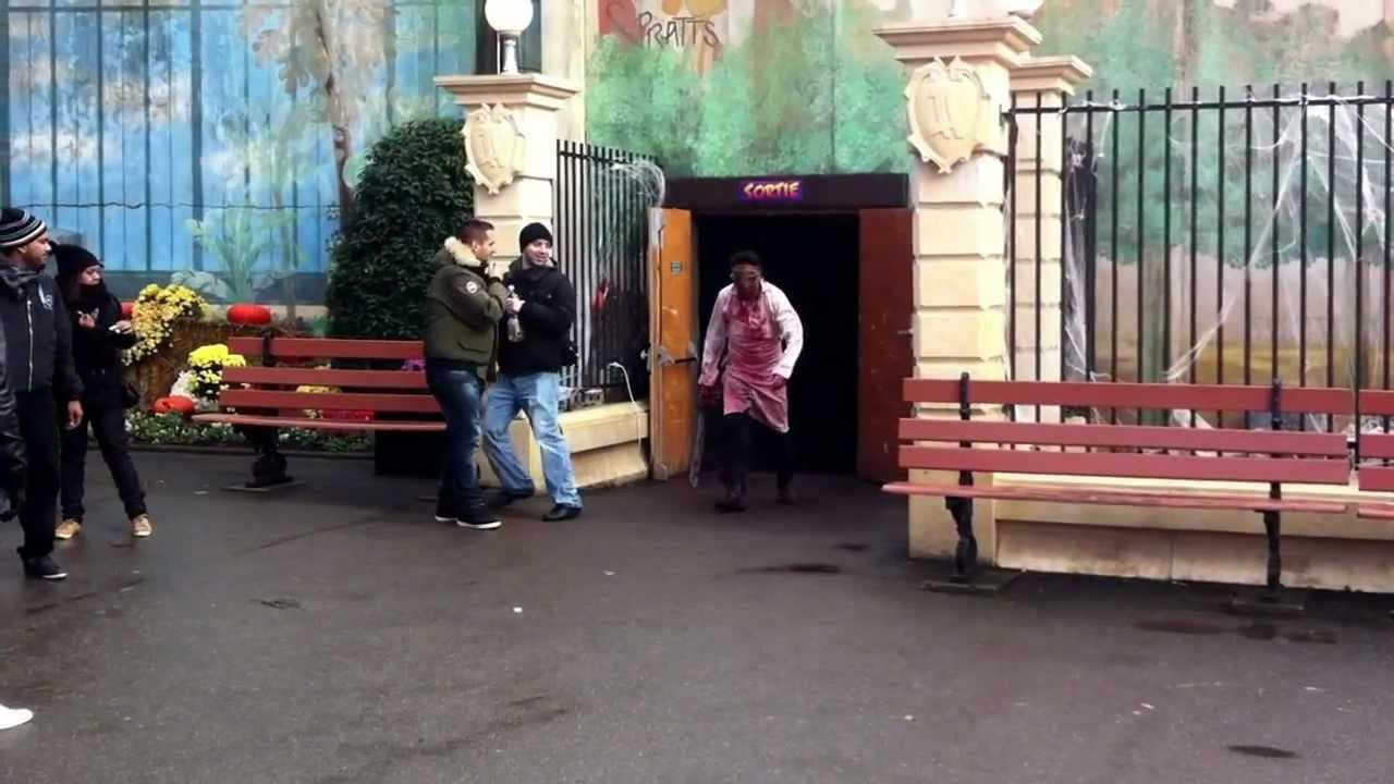 Maison de l 39 horreur parc ast rix paris youtube - Cultiver des champignons de paris a la maison ...