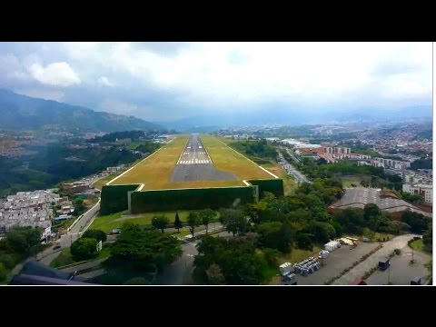 Beautiful Landing At Pereira City - Colombia - Cockpit View [HD 1080p]