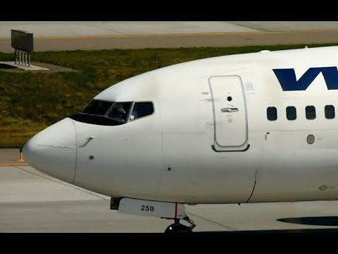 Pilots waving at Calgary International airport YYC
