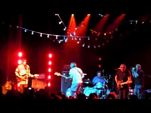 Pavement - Gold Soundz - Rattled by the Rush - Live in HD 2010 Uptown Theater Kansas City