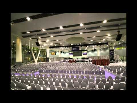 Time-lapse: The Making of NYUAD's 2015 Commencement Ceremony