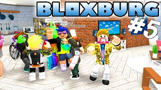 HUGE PARTY WITH FANS! -ROBLOX Bloxburg English Ep 5