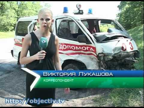 Карета скорой помощи столкнулась с такси на МКАД. По предварительной информации, в ДТП пострадало четыре человека.