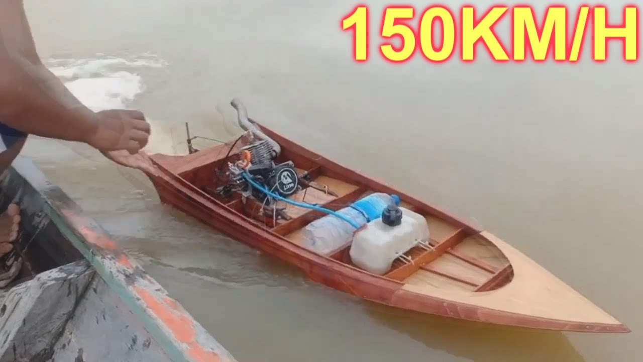Modified Craft RC Thai Longtail boat 2T Engine reaches speeds of 150 km/h