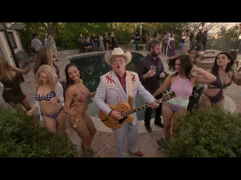 Bubbles and the Shitrockers (feat. Alex Lifeson) - Who's Got Yer Belly