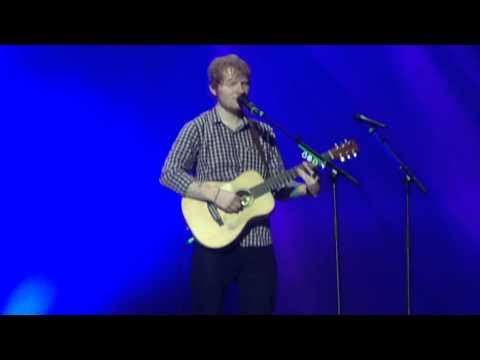 Friends - Ed Sheeran Live (Berlin 14.11.2014)