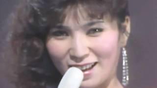 名曲です。 大好きな曲です。 亜紀さん、とても魅力的で表情が素敵! Ak...