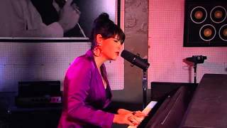"""Beth Hart """"Caught Out In The Rain"""" (Sun Studio Sessions)"""