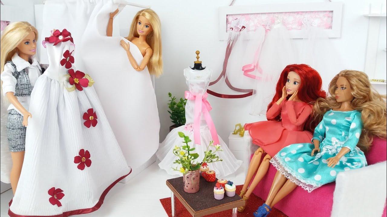 Barbie Doll Wedding Dress. @Barbie video. Dolls shopping in a Wedding Salon