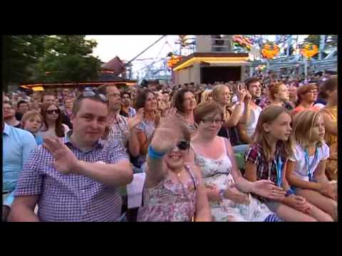 Icona Pop - I Love It (Live @ Sommarkrysset 2012)