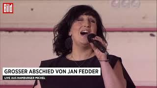 Jessy Martens @trauerfeier Jan Fedder.