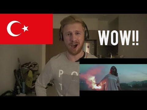 (WOW!!) Şanışer feat. Sokrat St - Yalan (Official Video) // TURKISH RAP REACTION