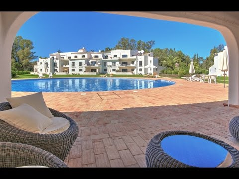 Spacious 3 Bedroom Penthouse on Penina Golf Course for sale in Alvor, Algarve