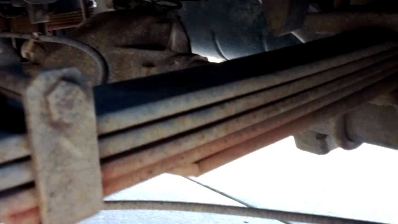 Suburban 1500 Rear Leaf Springs Youtube