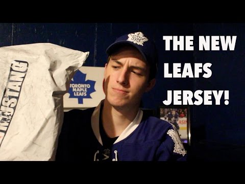 Unboxing the new Toronto Maple Leafs Jersey!