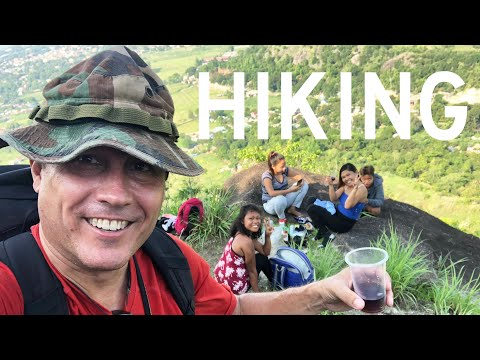 climbed-a-mini-mt.-everest-and-discovered-four-beautiful-filipinas-drinking-sangria!