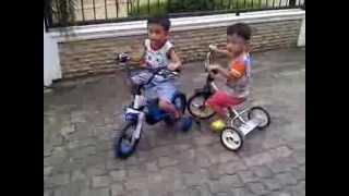 Gambar cover Papa F2 dan Mas Faiz dan Adik Faigan Bermain Sepeda Part 1