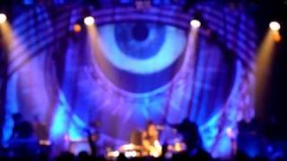 The Dead Weather - Die By The Drop (Paris, Live June 2010).MOV