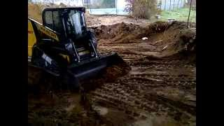 New Holland C227 Compact Track Loader Demo 2