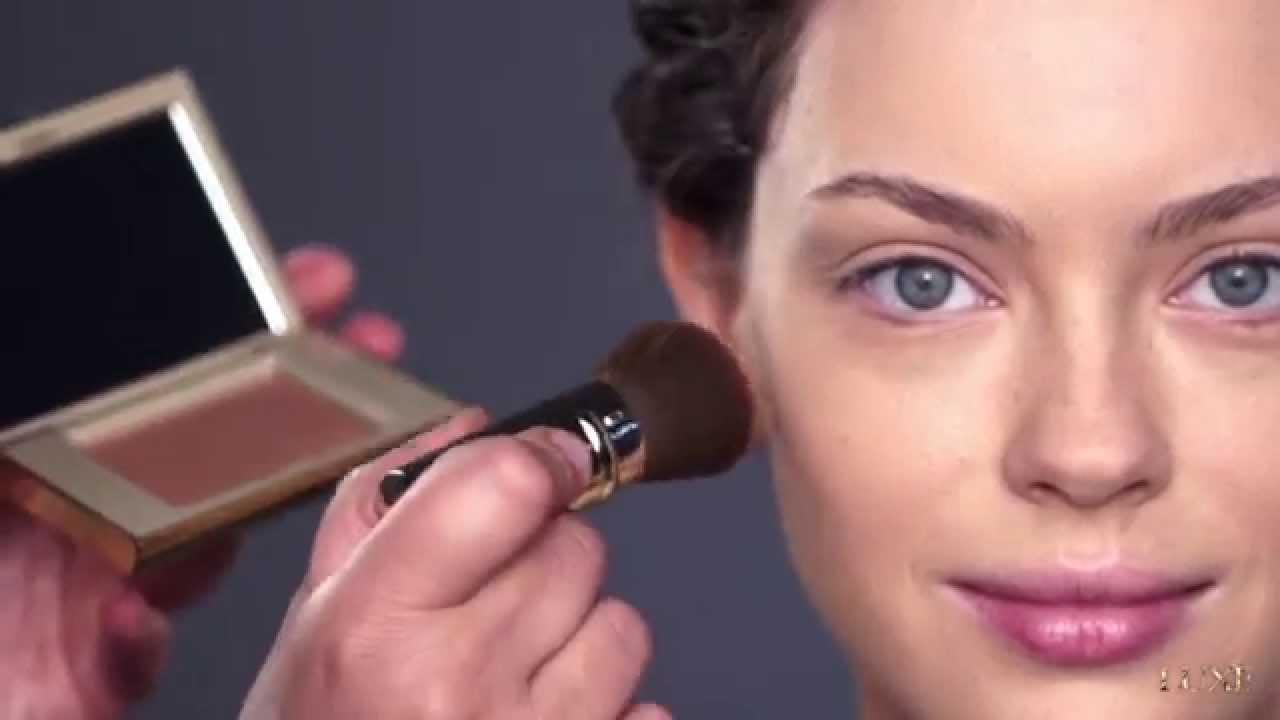 Avon Luxe Makeup