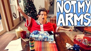 NOT MY ARMS CHALLENGE WITH MY MOM | RICKY DILLON