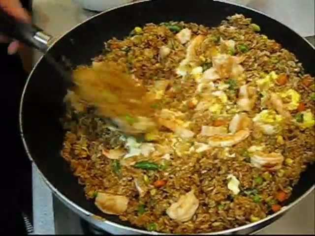 How to make chinese fried rice 13 steps with pictures wikihow ccuart Images