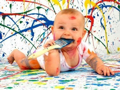Ребенок порисовал обои (стену) - что делать? [  уроки от Никиты ]
