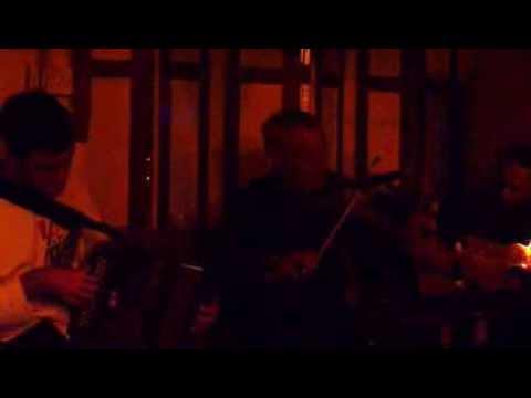 Trad Music - Live at McDermott's Pub in Doolin, Ireland