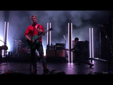 Queens of the Stone Age - The Way You Used to Do (Live at The Capitol Theatre 9/6/2017) RAW Video