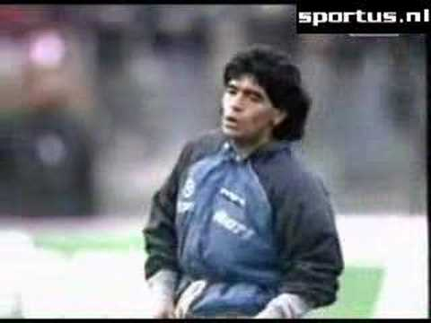 Maradona's iconic warmup before the game